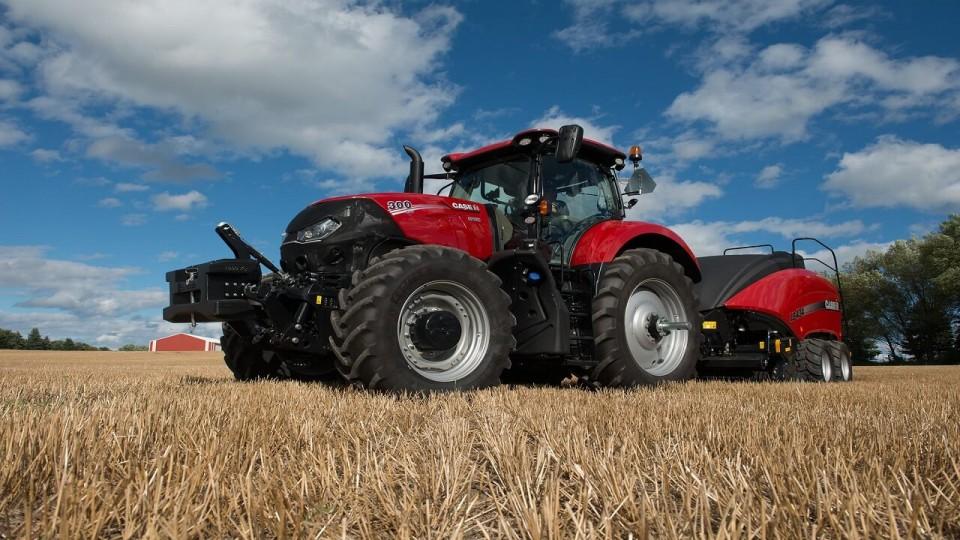 Case Tractors 300 Series : Farm tractor